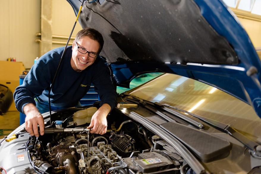 Motor- und Getriebereparatur